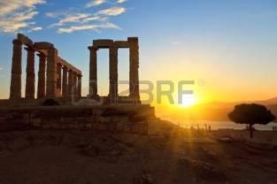 9196272-ruins-of-poseidon-temple-cape-sounion-greece